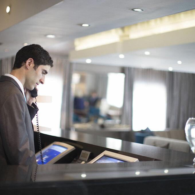 Từ nào quan trọng nhất trong ngành khách sạn?
